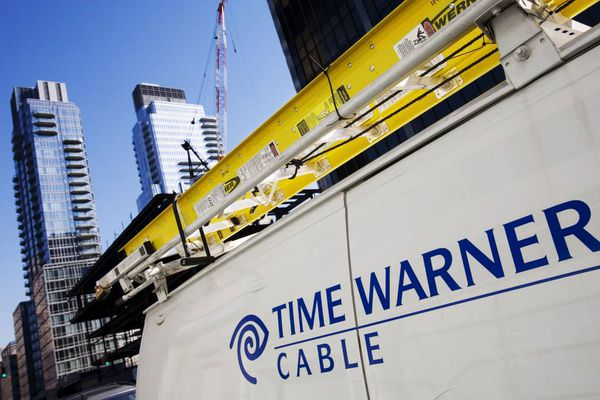 Time Warner Cable shareholders' meeting: Lacking in Comcast drama