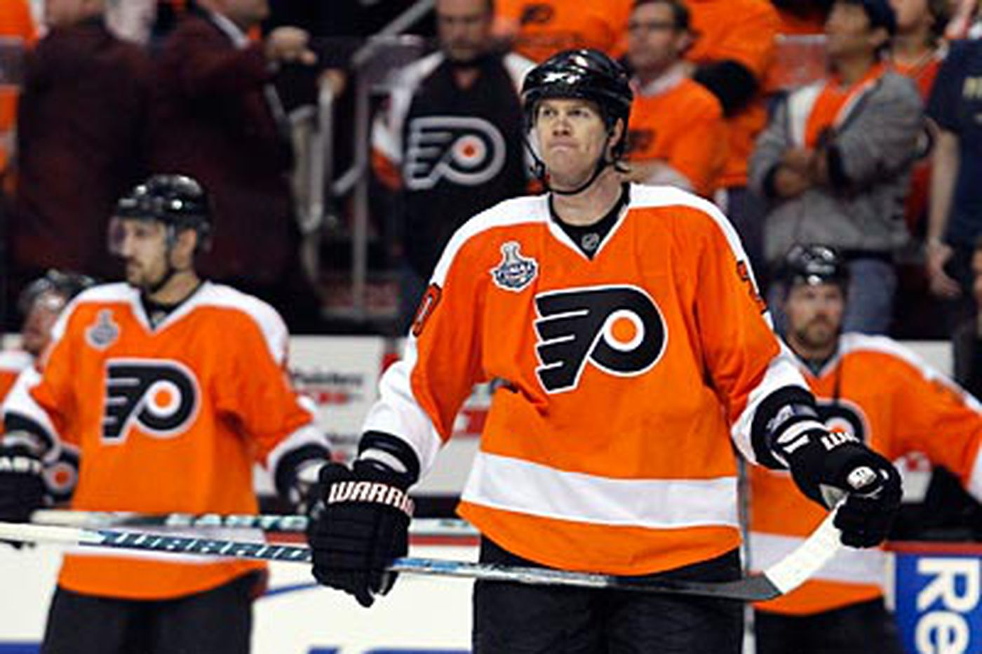 In the end, Pronger and Flyers run out of gas