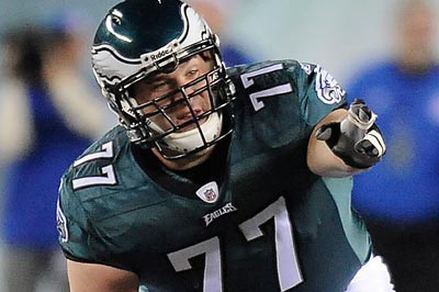 Eagles' McGlynn will look to control Cowboys' Ratliff
