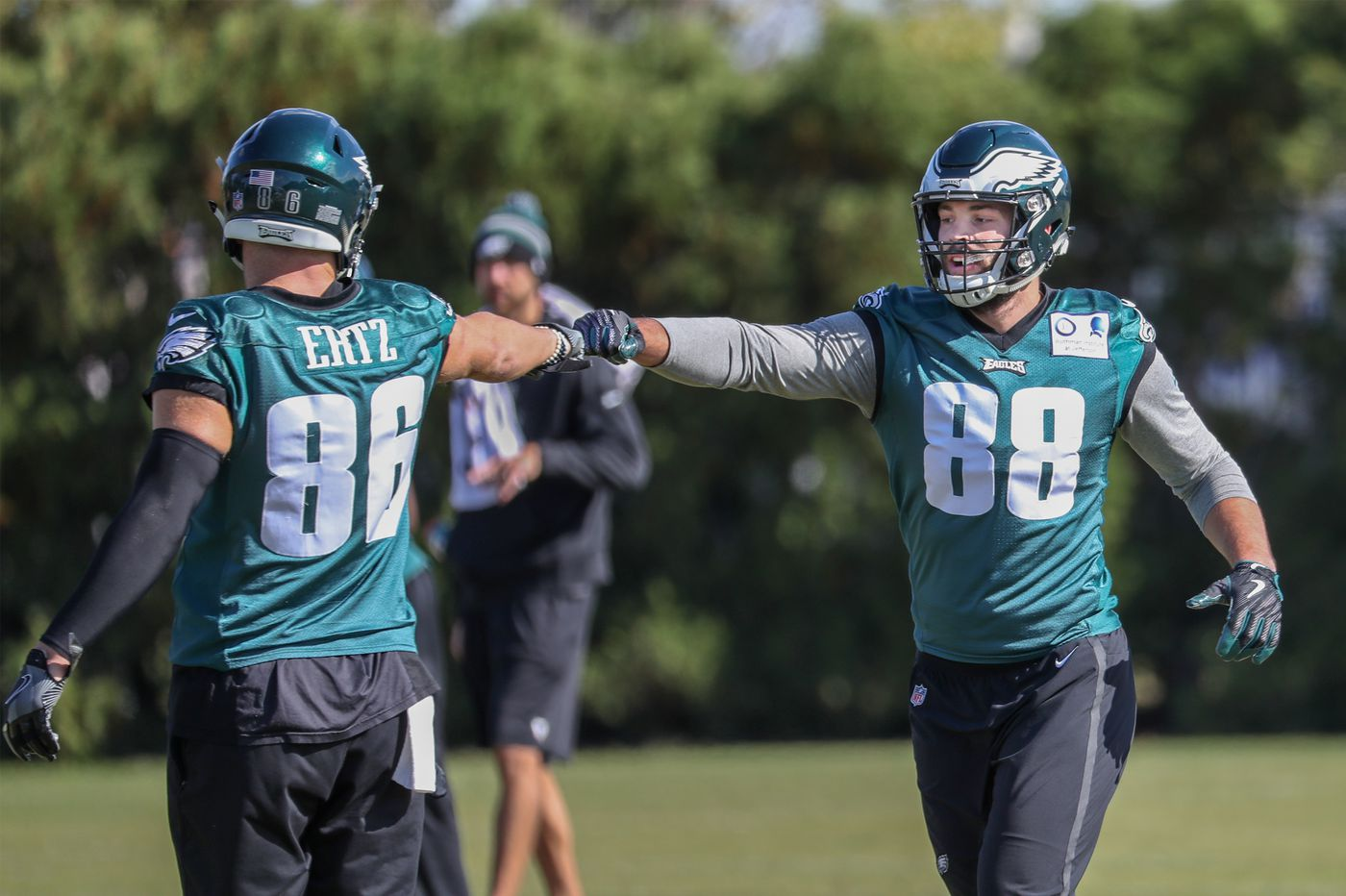 Eagles need to make a commitment to two-tight end sets with Zach Ertz and Dallas Goedert