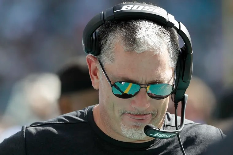 Eagles defensive coordinator Jim Schwartz during the loss to the Dolphins on Sunday.