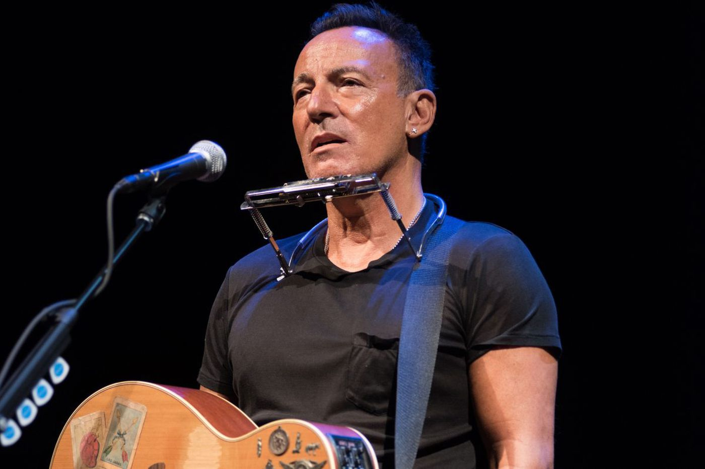 Bruce Springsteen to extend Broadway run