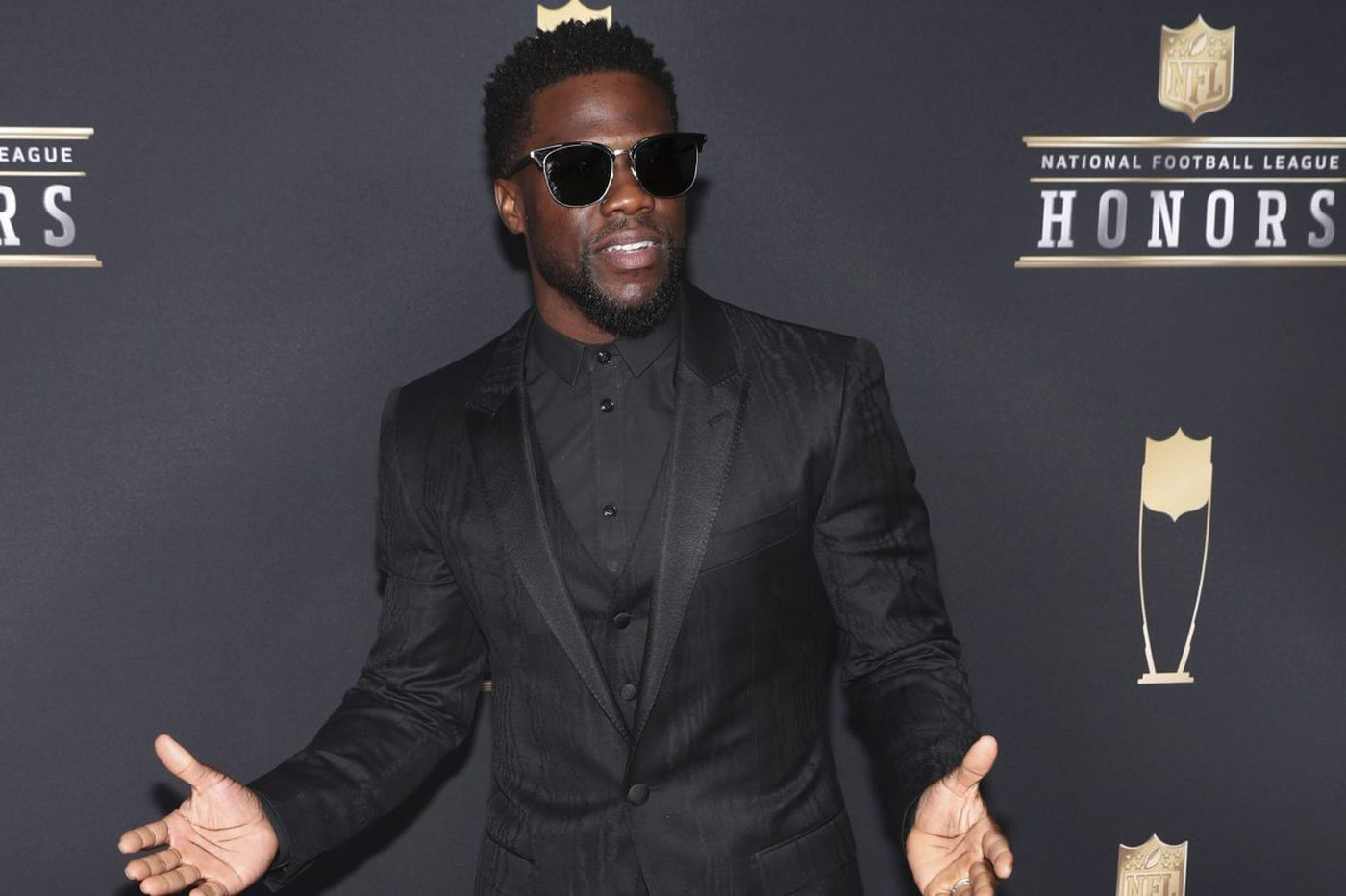 Kevin Hart tried to sneak onstage with the Lombardi Trophy after Eagles win because he was drunk