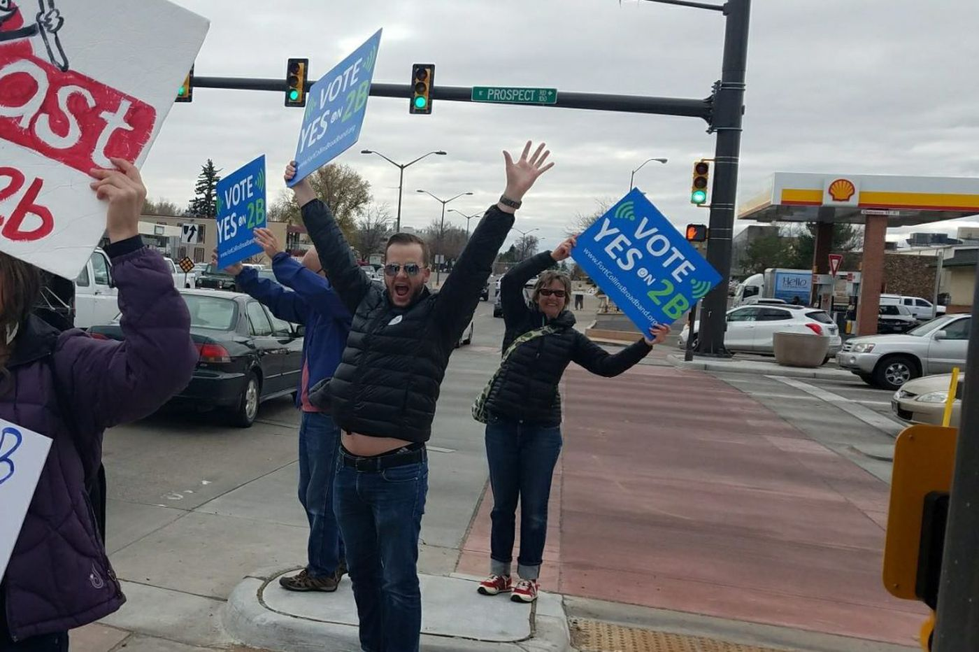 Comcast, CenturyLink smacked down in Colo.: Voters approve city-owned broadband network