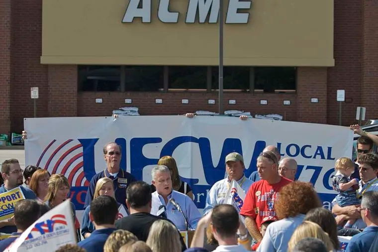 Local 1776 chief Wendell Young 4th (at microphone) with members of the United Food and Commercial Workers union, in 2009.