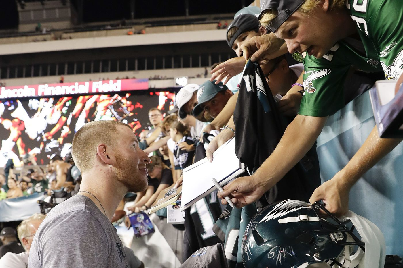 Eagles practice observations: 40,000 fans at the Linc; Nate Sudfeld struggles; Kamu Grugier-Hill leading linebacker competition