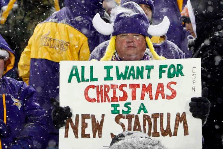 A transplanted Vikings fan expresses his wish for a new stadium. Damage to the Metrodome roof forced the game against the Bears to be played at the University of Minnesota.
