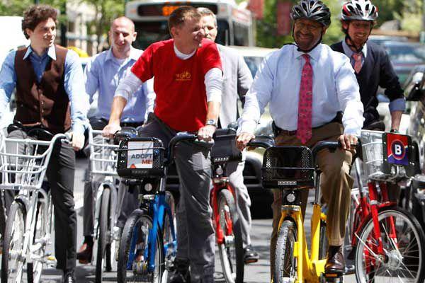 Changing Skyline: City steering to bike sharing