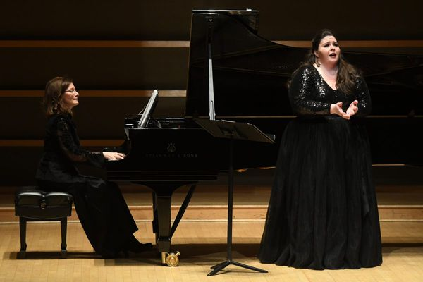 Met soprano Angela Meade gives Philly fans a thrilling peek ahead in her recital debut here