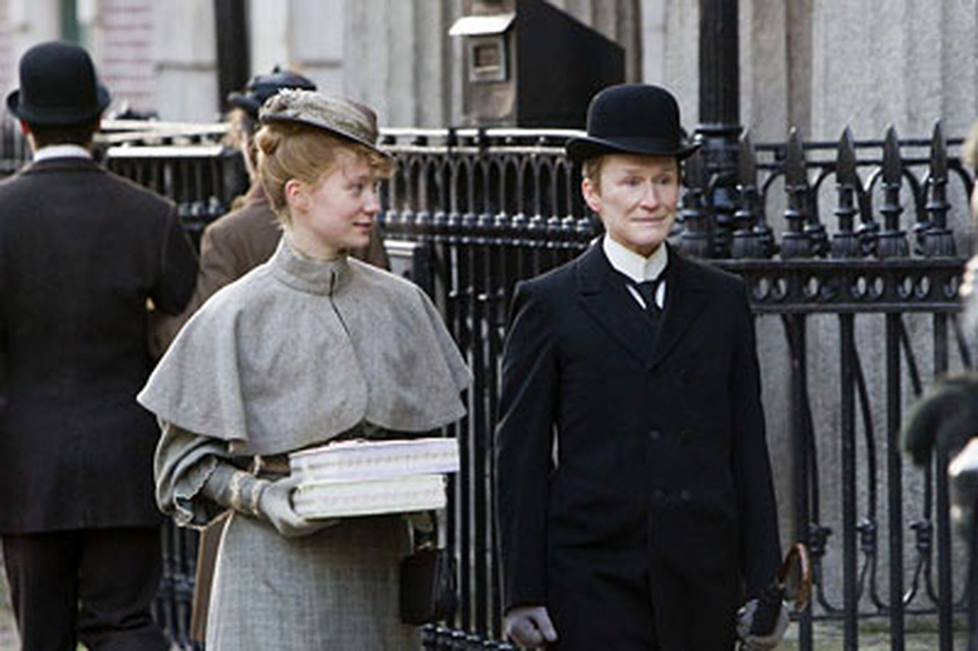 'Albert Nobbs': Moving portrait of a damaged person