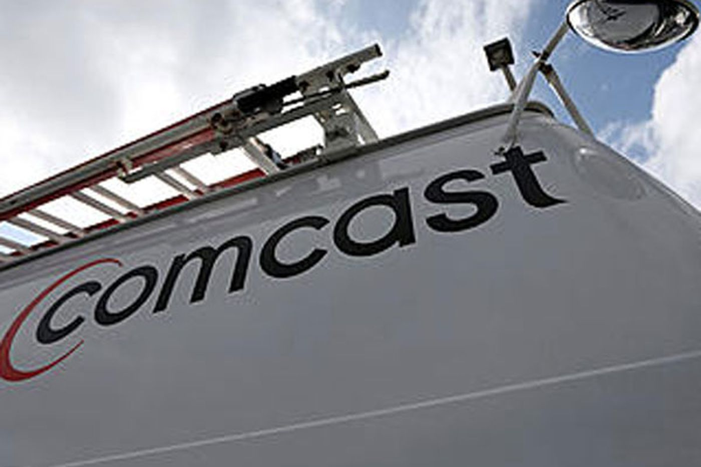 Letters: No Comcast contract till it pays its fair share