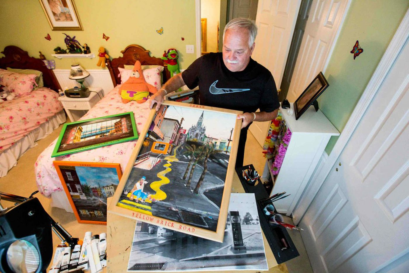 Big dreams for blue-collar Bucks painter