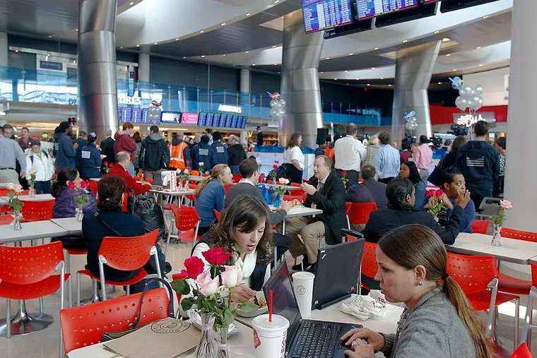 The crowds at the Food Court in Terminal F have far less cause for concern than in years past. (AKIRA SUWA / File Photograph)