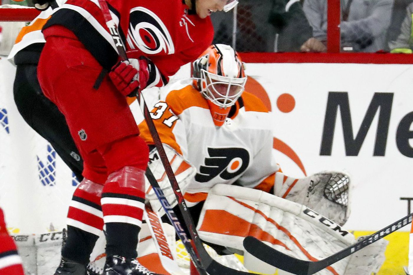Flyers-Hurricanes Quick Hits: Welcome back, Brian Elliott