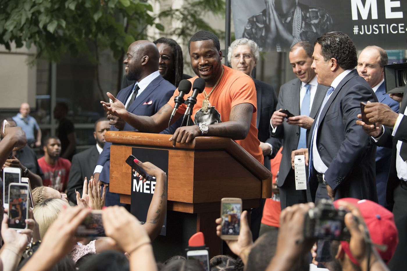 Meek Mill hearing before Judge Genece Brinkley devolves into a laughing matter