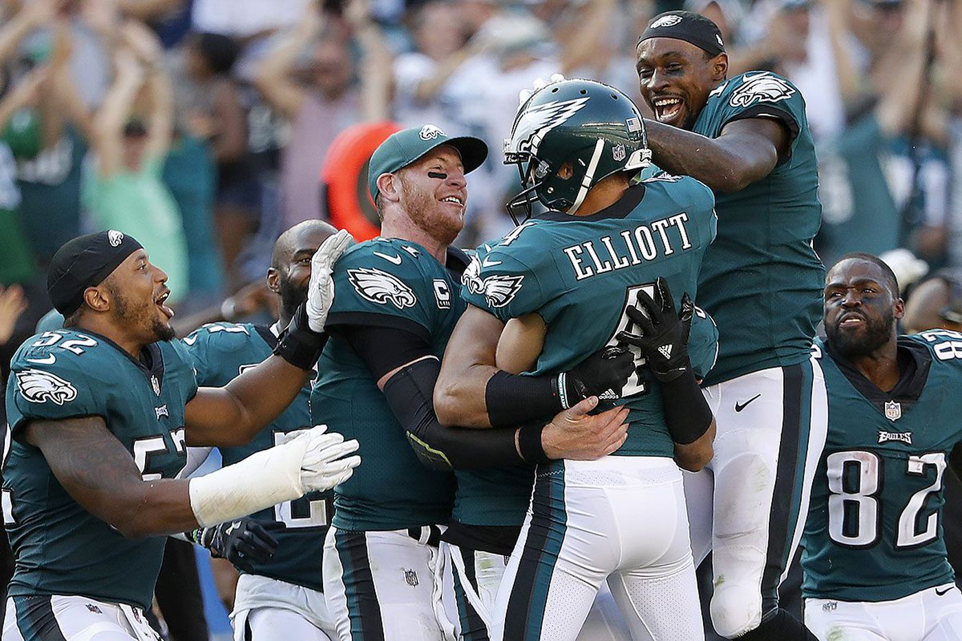 Carson Wentz before Jake Elliott's field goal: 'I'll give him my game check if he makes it'