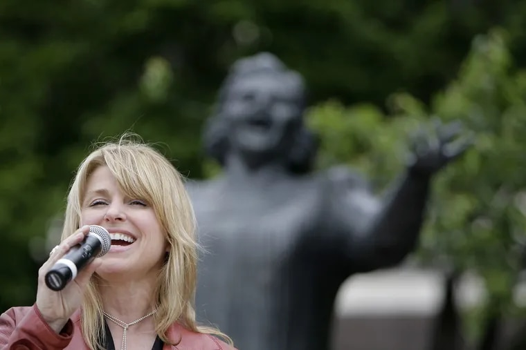 Lauren Hart will sing God Bless America at key Flyers' games this season.