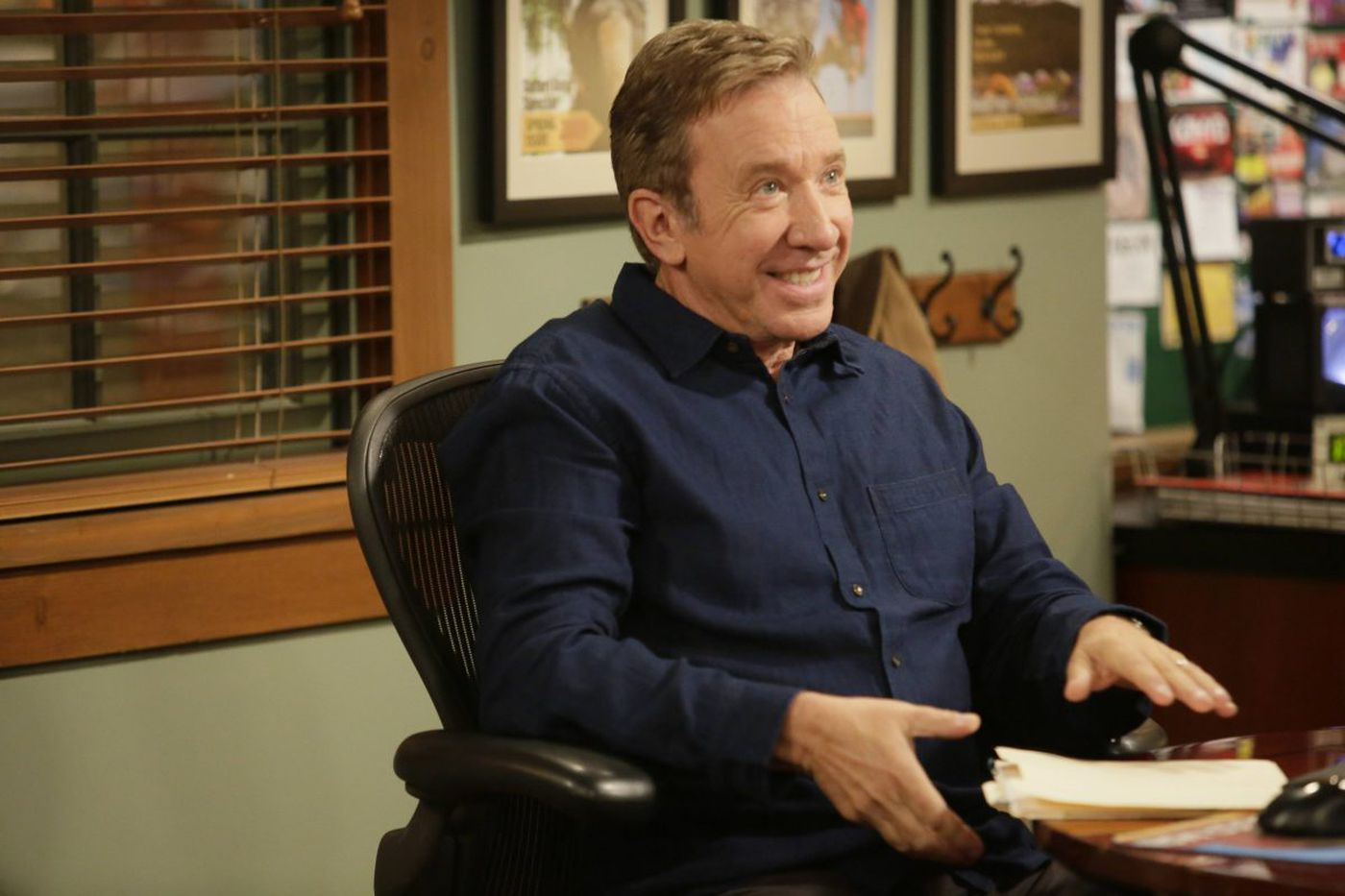 'Rise' falls, but 'Last Man Standing,' 'Brooklyn Nine-Nine' are winners as Fox, NBC unveil 2018-19 plans