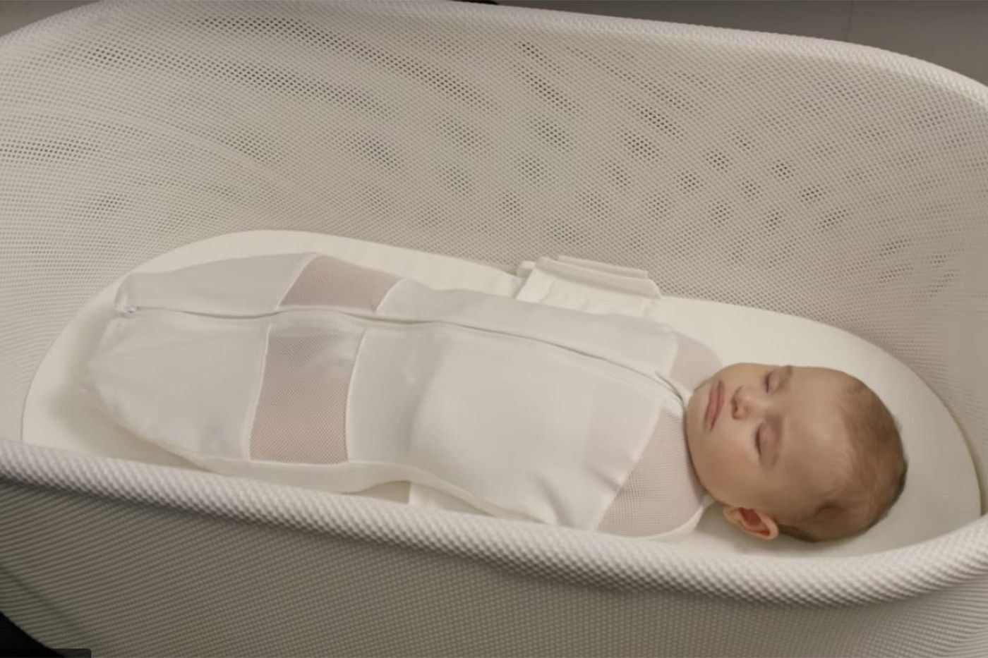 The problem with Harvey Karp's $1,160 bassinet