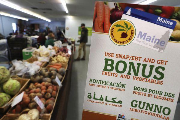 Trump administration changes food stamp rule, eliminating benefits for hundreds of thousands