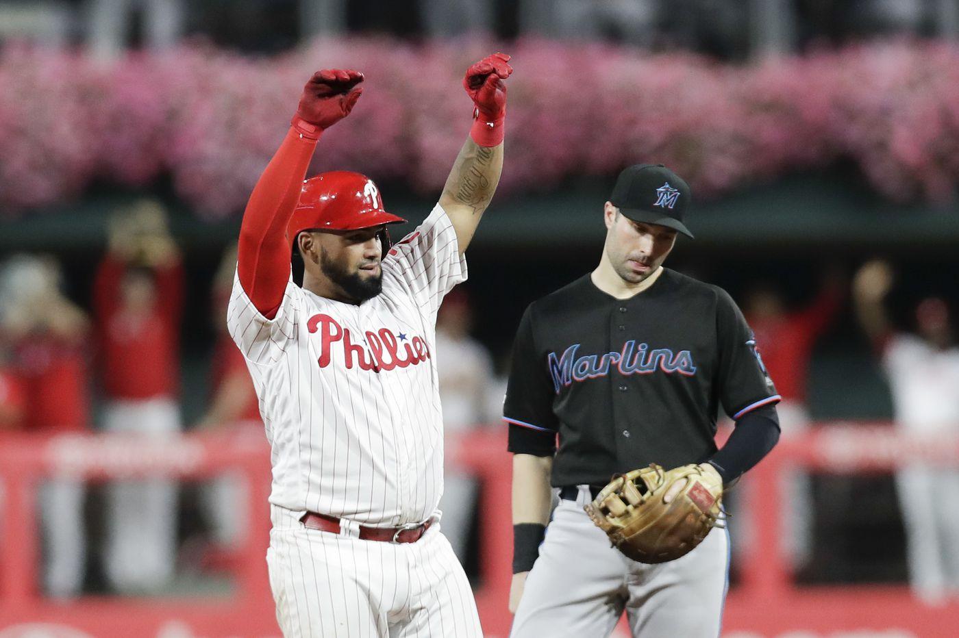 Phillies sign infielder Neil Walker to minor-league deal