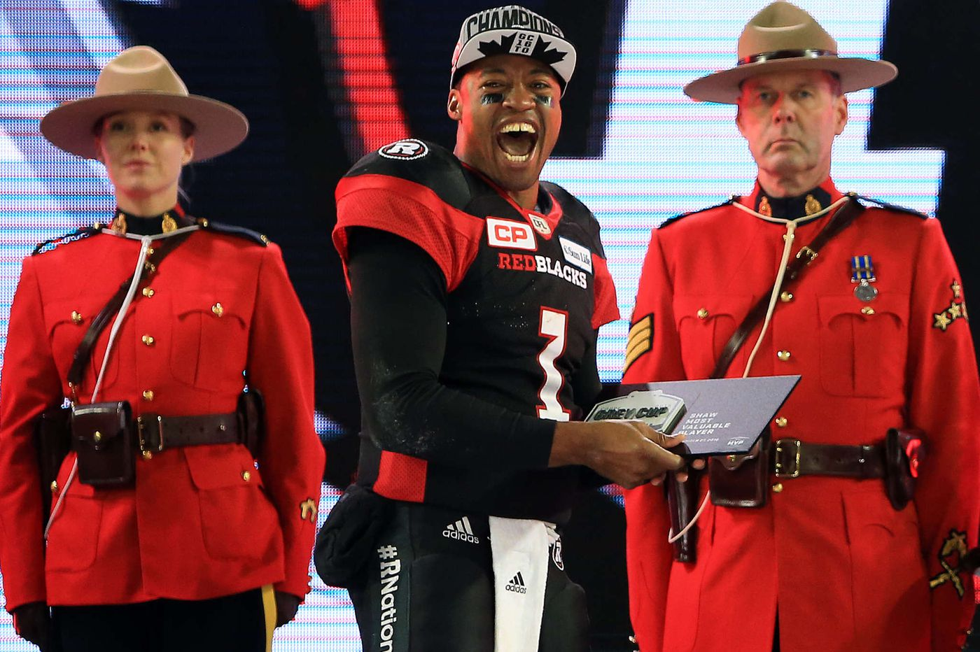Kern: Ex-Owls QB Burris finds fame in the CFL