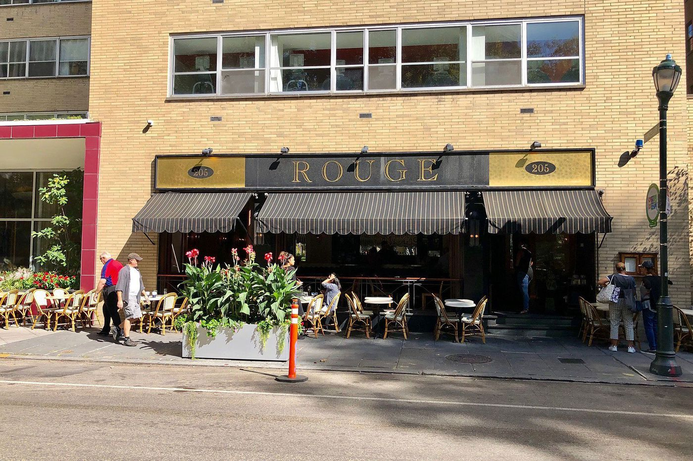 Outdoor seating hits a record high in Philadelphia, but one cafe table has gone missing
