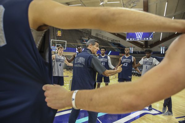 Something new for Villanova basketball: Forward U | Mike Jensen