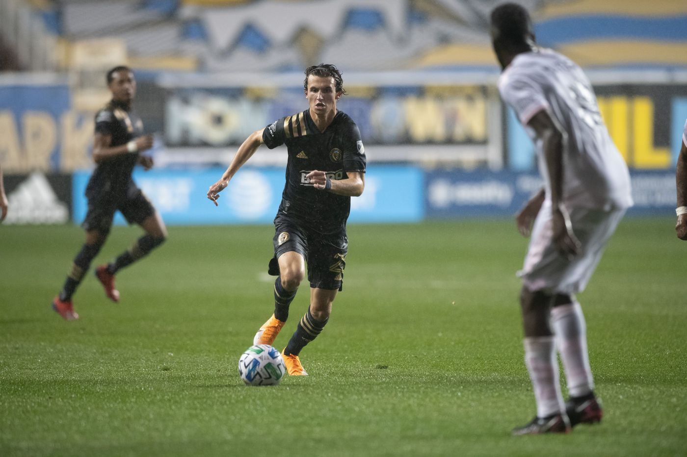 Union gets goals from Anthony Fontana, Ilsinho and Brenden Aaronson to defeat Miami, 3-0, in the rain