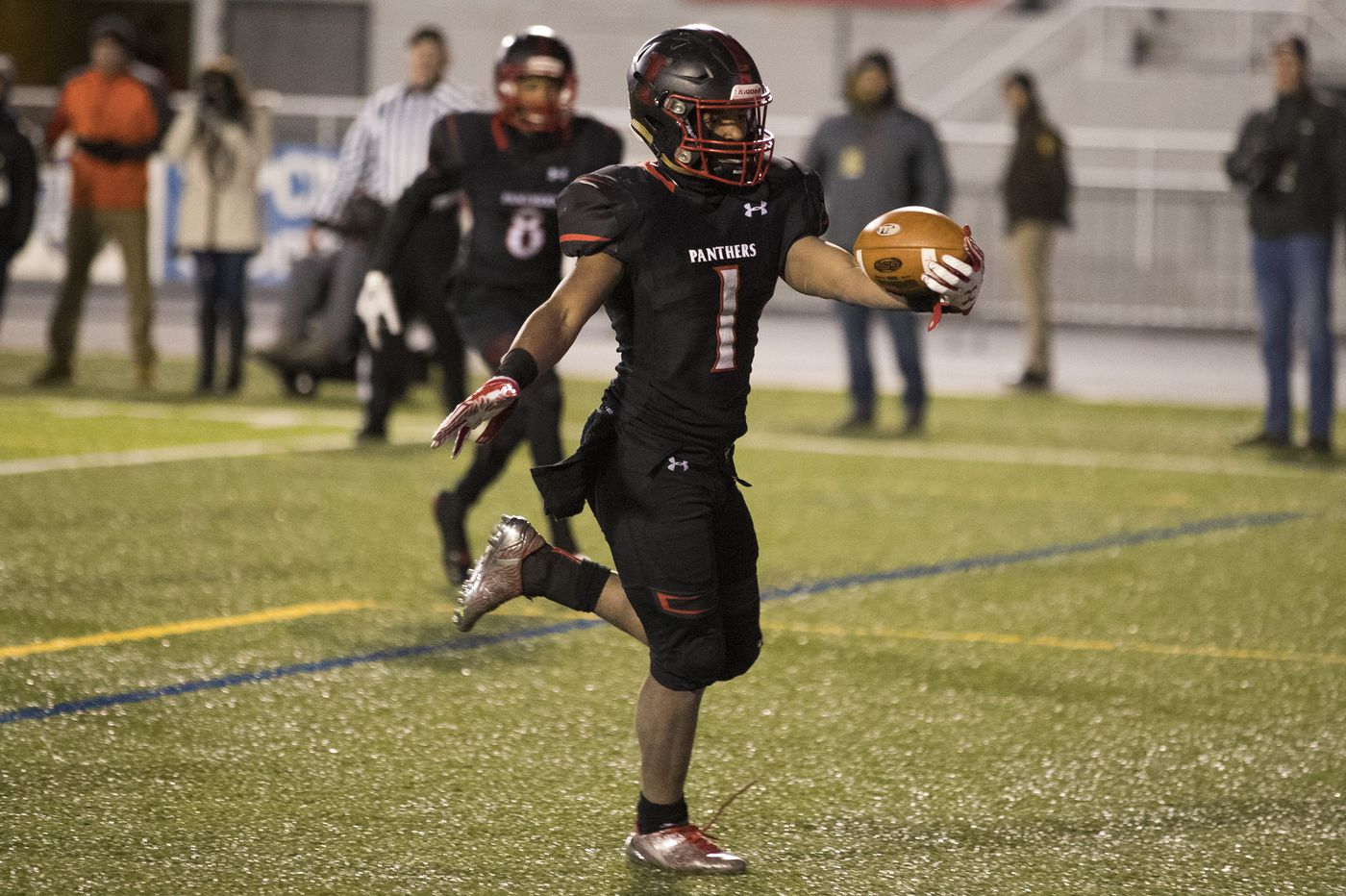 High school football preview: La Salle faces huge test against Imhotep Charter in season opener