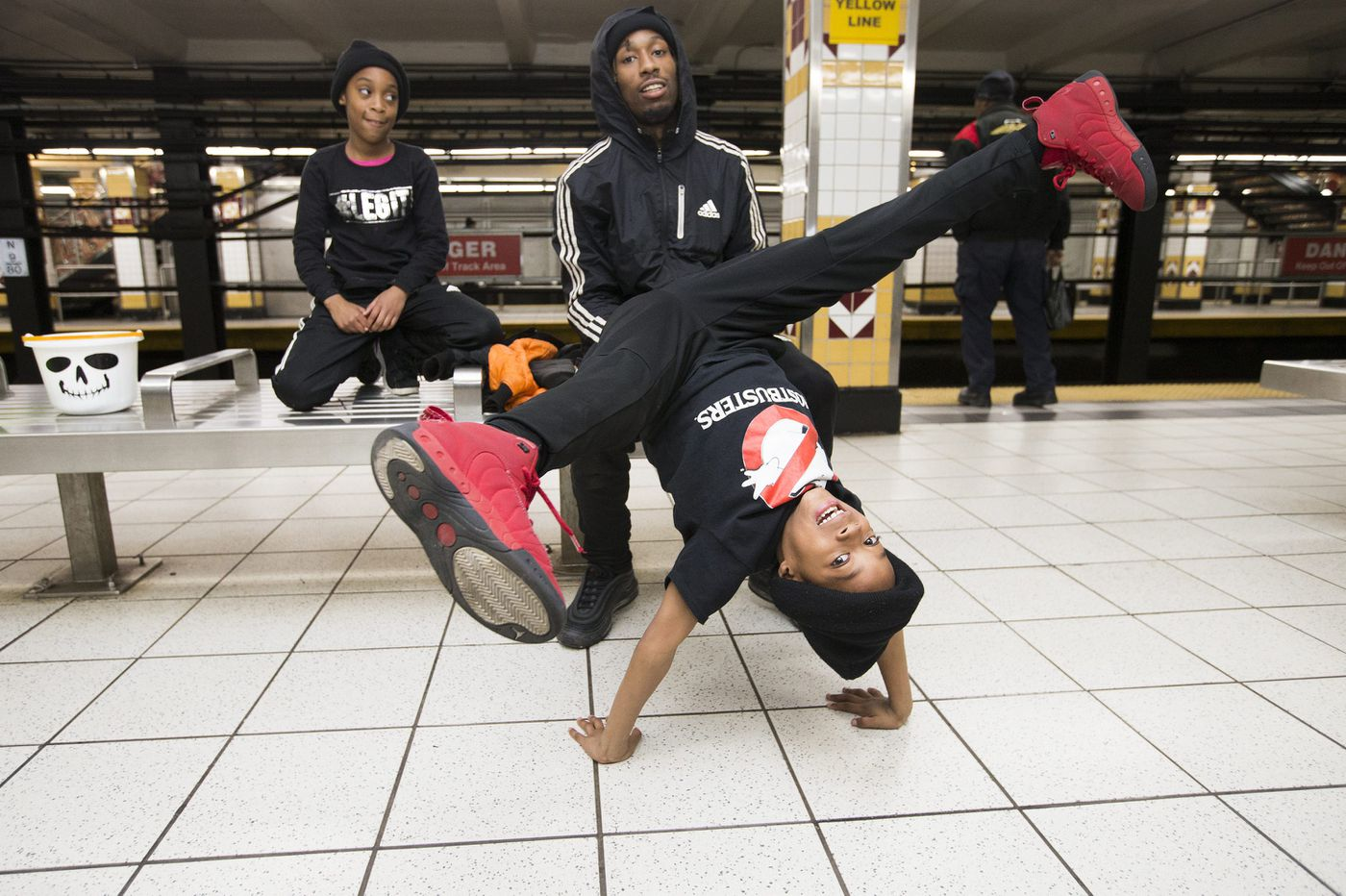A Philly subway dance group seeks to 'inspire the youth'