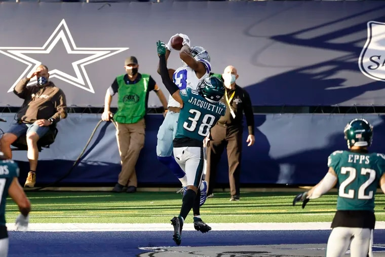 Dallas Cowboys wide receiver Michael Gallup got the best of Eagles rookie corner Michael Jacquet (38) on Sunday.