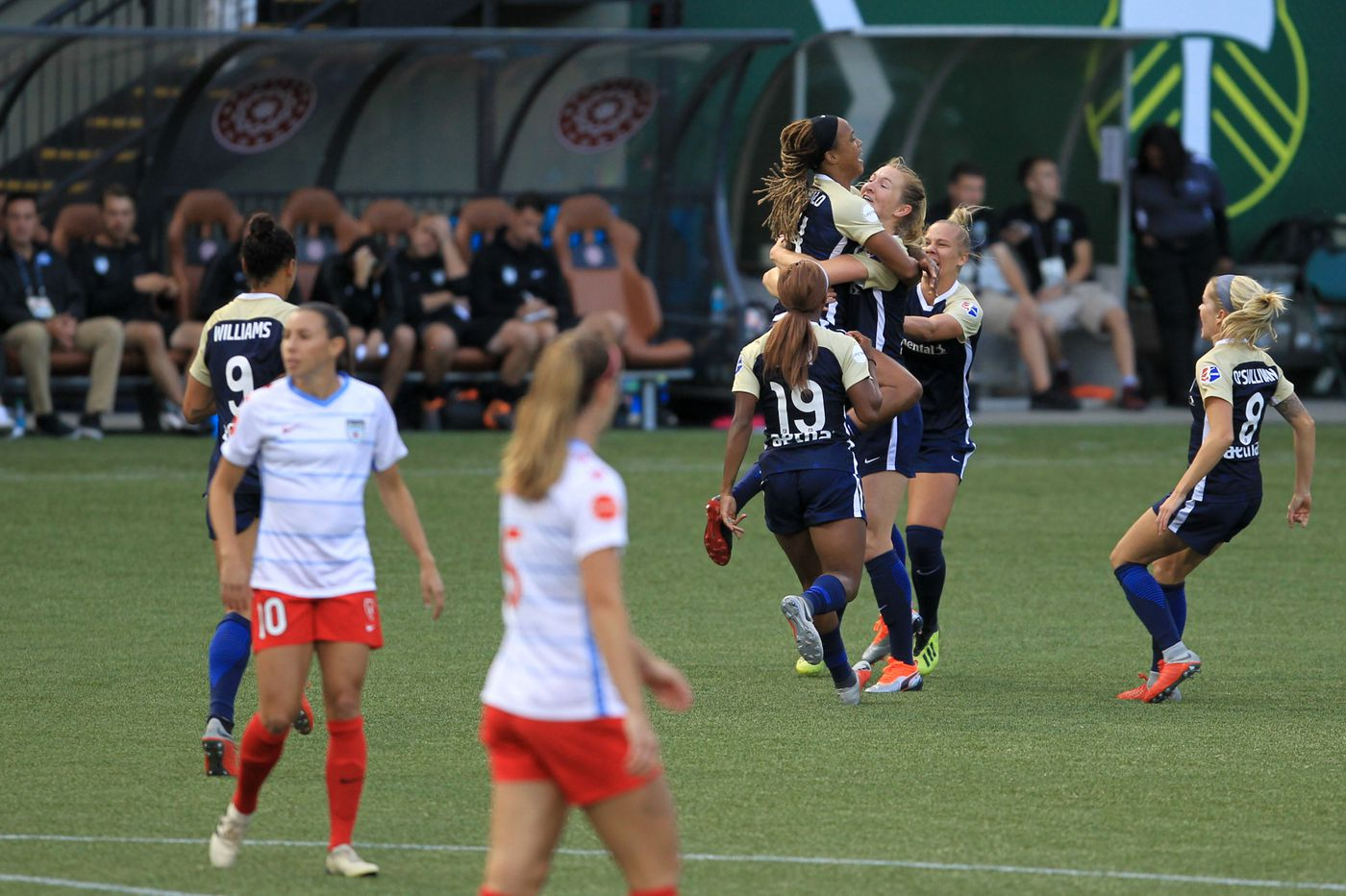 North Carolina goes to NWSL final with 2-0 win over Chicago