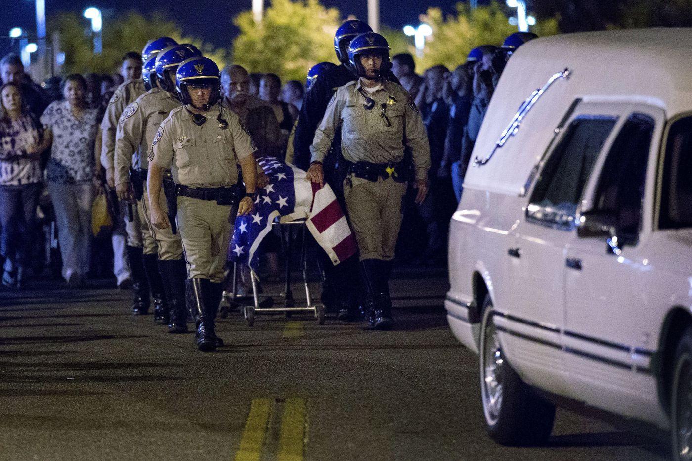 California freeway shootout leaves officer, gunman dead