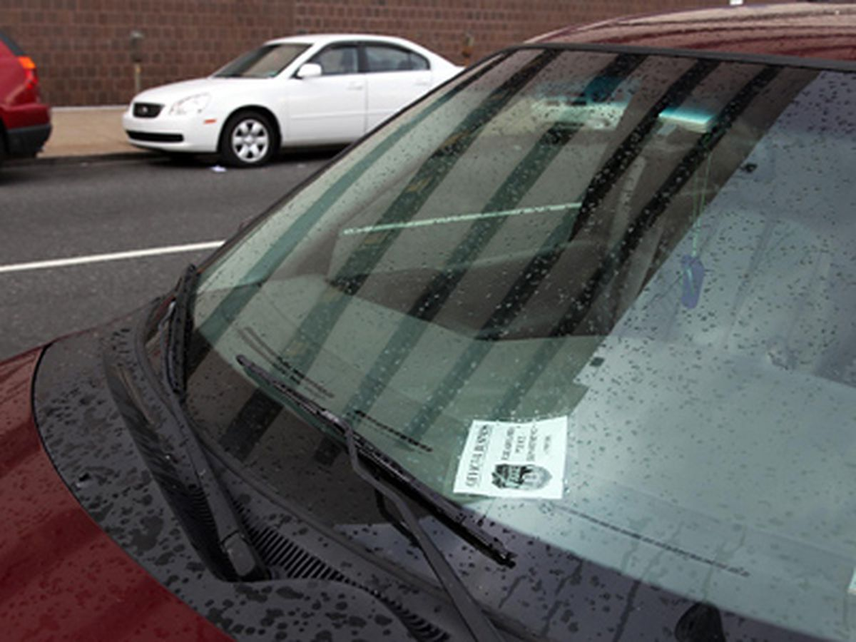 Monica Yant Kinney: To serve, protect       and park illegally