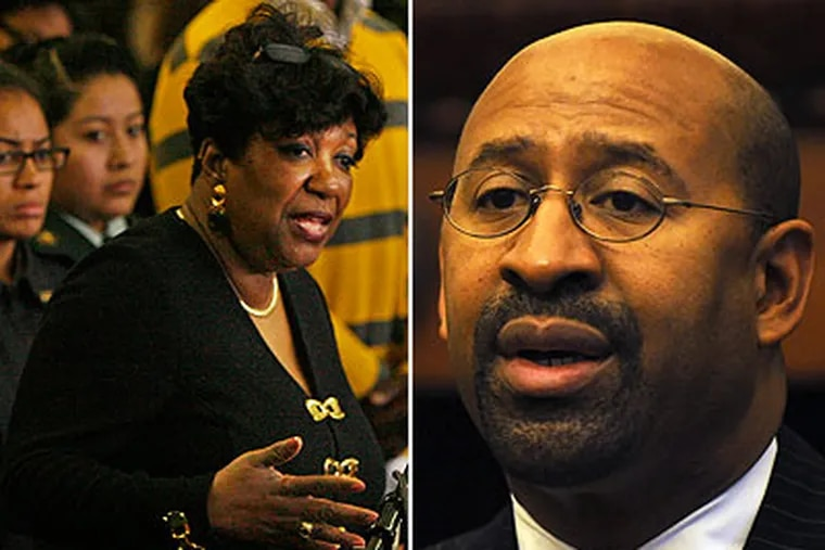 Mayor Michael Nutter (right) on Tuesday praised school Superintendent Arlene Ackerman's (left) handling of abuse claims by Asian-American students at South Philadelphia High School.