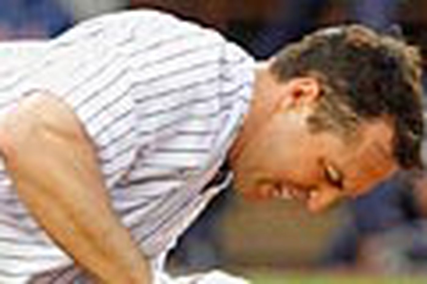 Girardi, Acta square off in Yankees-Tribe dustup