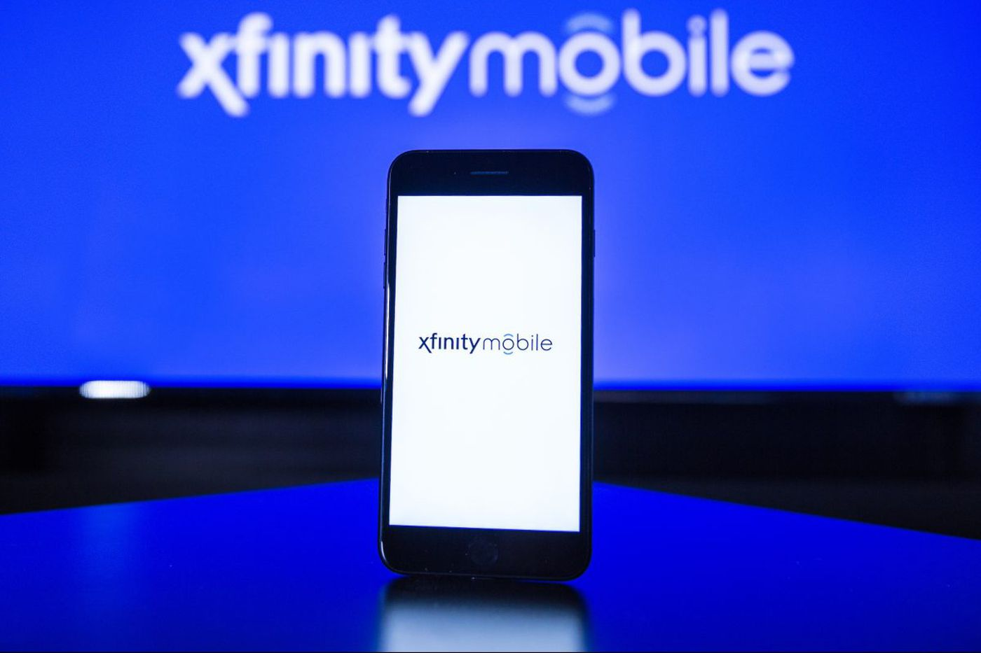 Comcast, Charter agree to 50-50 software partnership for mobile business