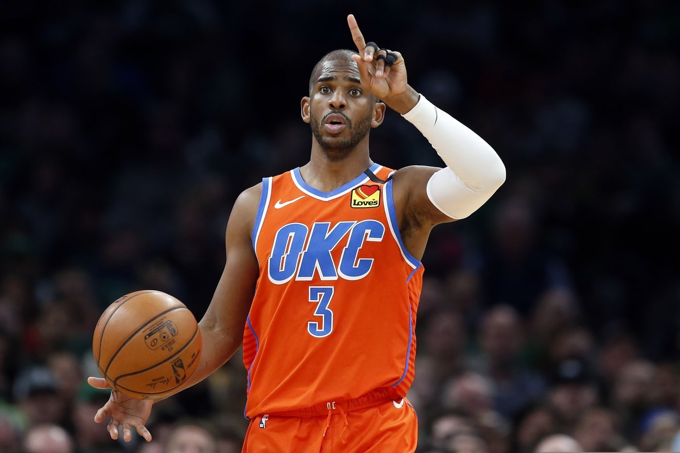 Chris Paul trade to Suns sparks action-packed NBA week, former Giants CB DeAndre Baker's charges dropped, and more sports news