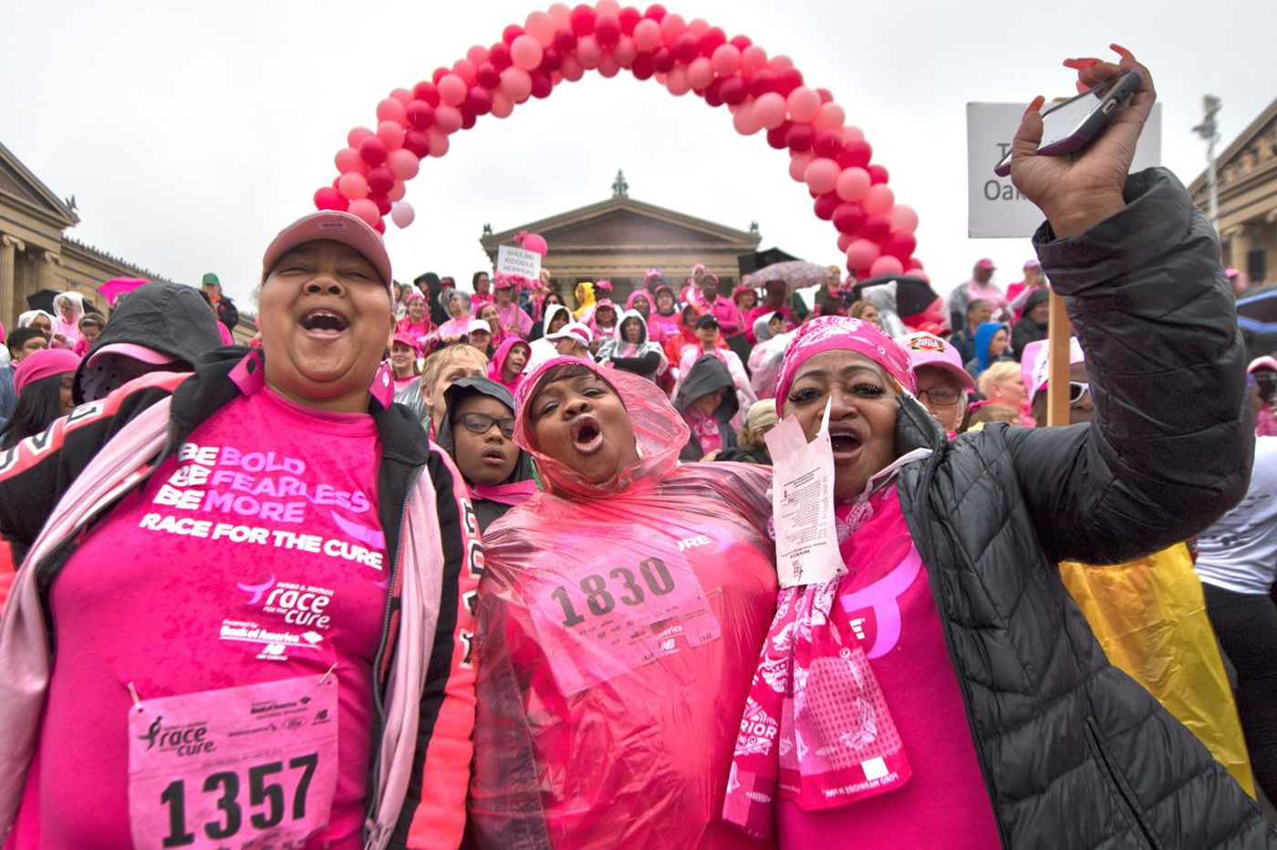 Thousands run 2018 Susan G. Komen Race for the Cure
