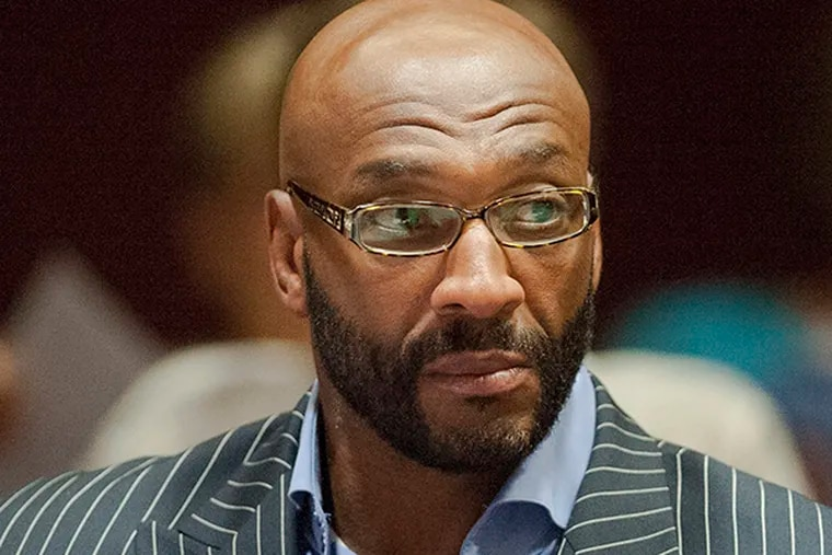 Irving Fryar is now a minister at a church he founded. (CLEM MURRAY/Staff Photographer)