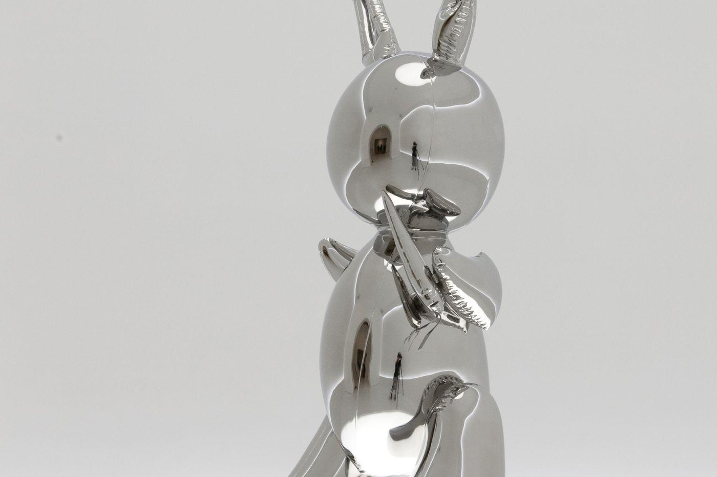 Jeff Koons 'Rabbit' sculpture sets €81.4 million record at sale