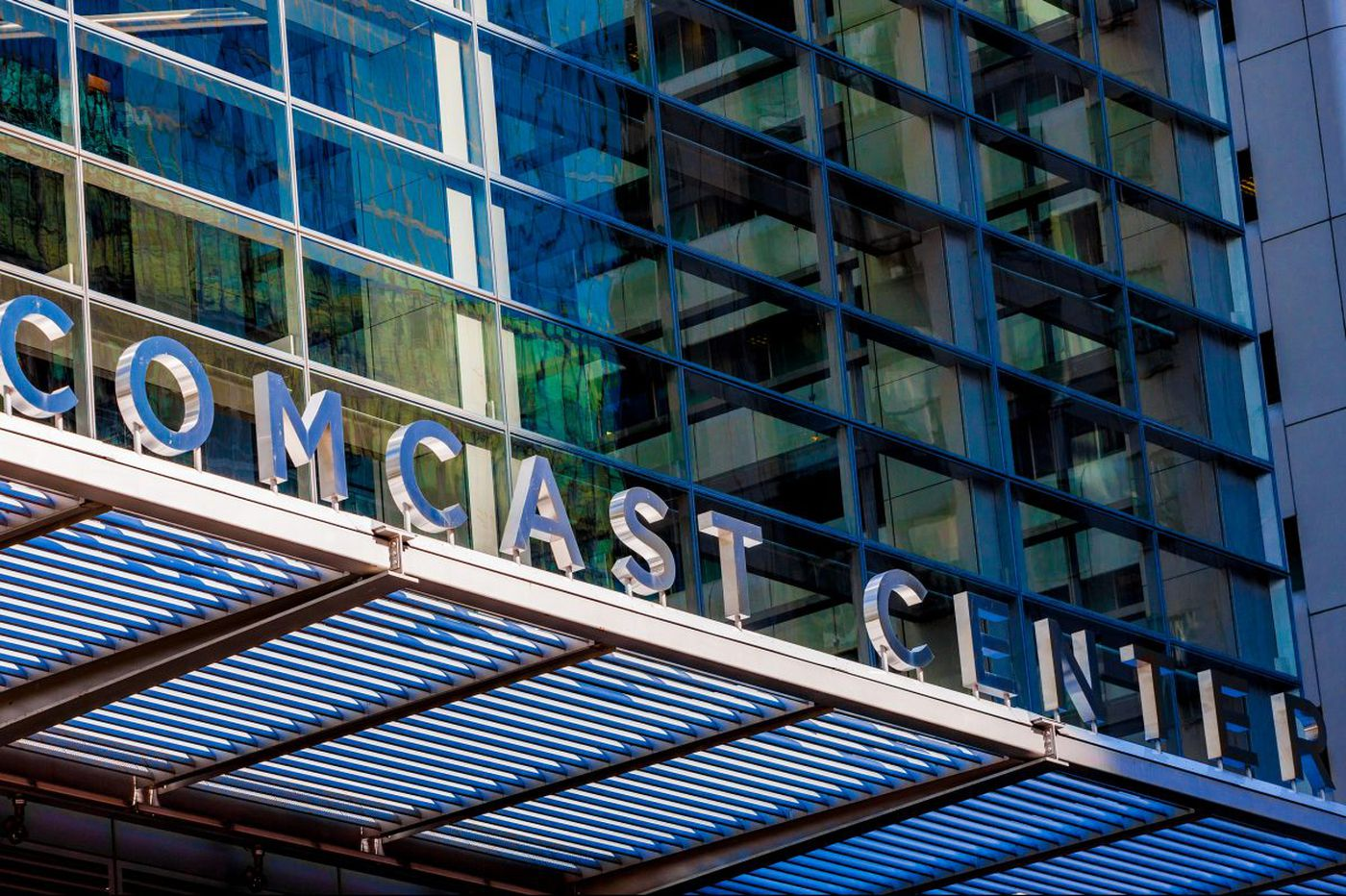 Comcast quietly fired hundreds in direct sales before Christmas