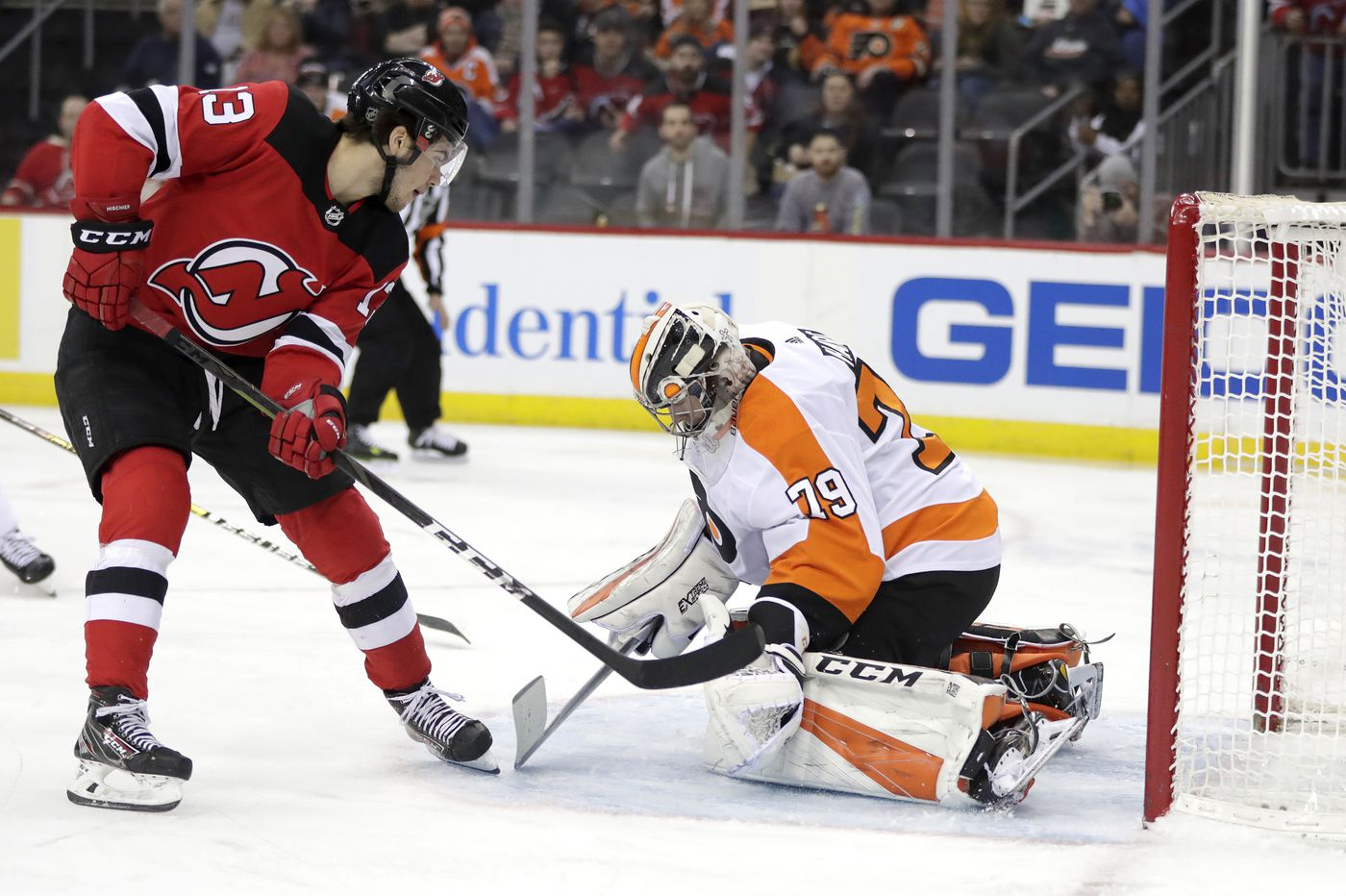 Cover your eyes, here are five observations from Saturday's Flyers' loss to the Devils