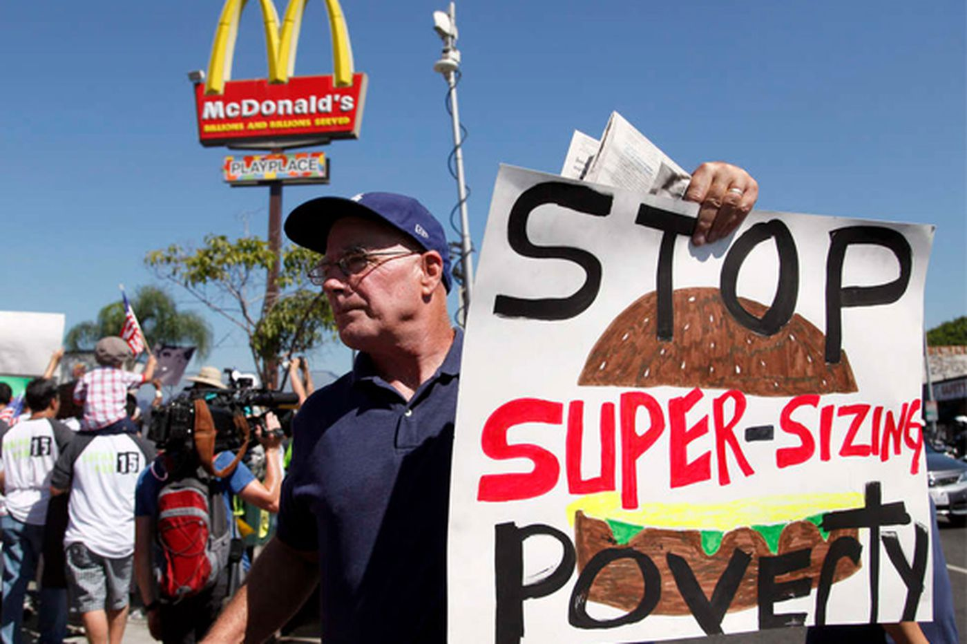 Fast-food workers' low pay costs the government