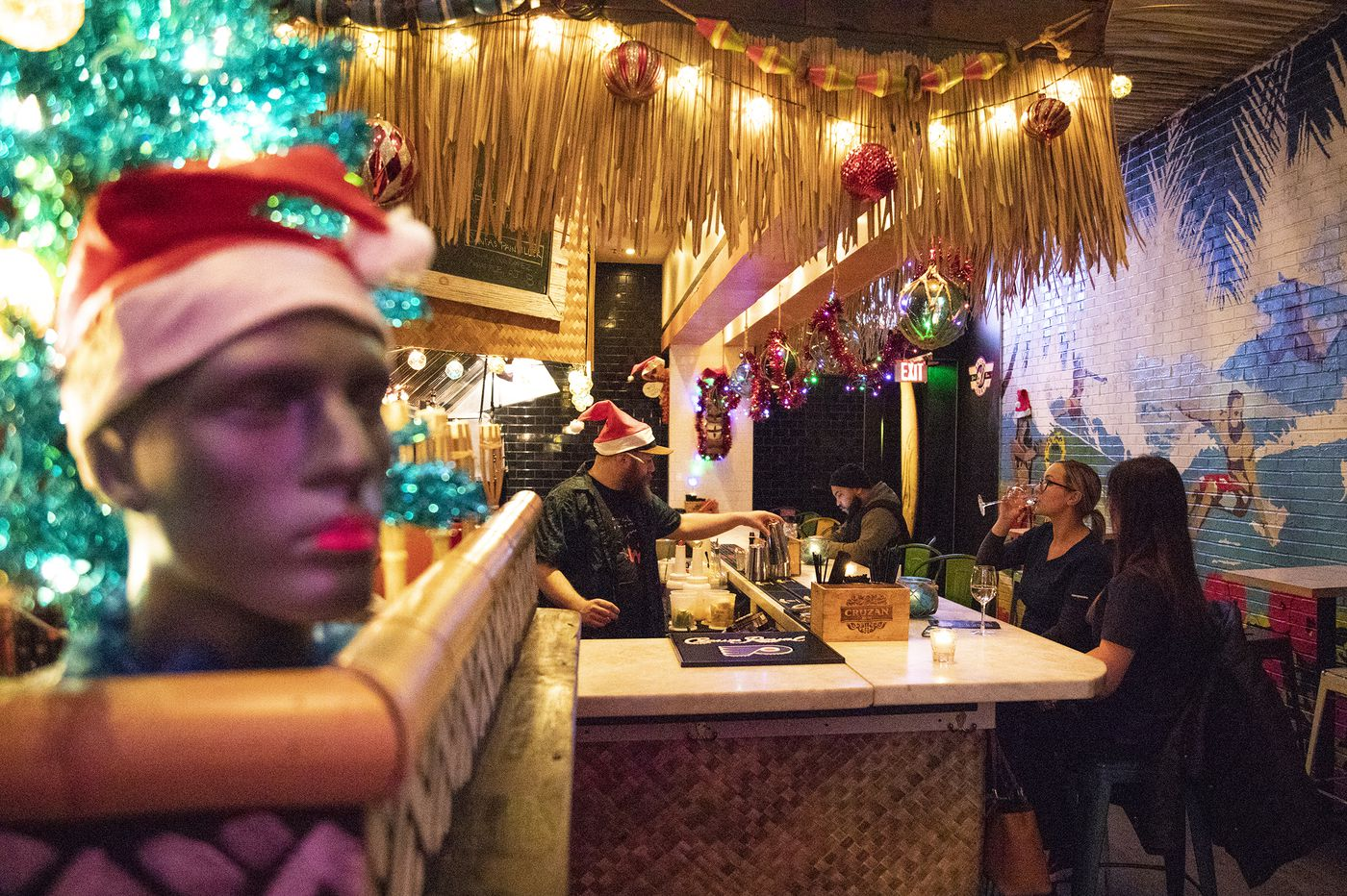 15 Philly bars and restaurants decked out for the holidays