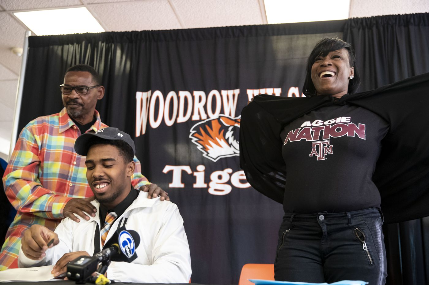 Football recruiting: Woodrow Wilson's Fadil Diggs sticks with Texas A&M, despite doubts