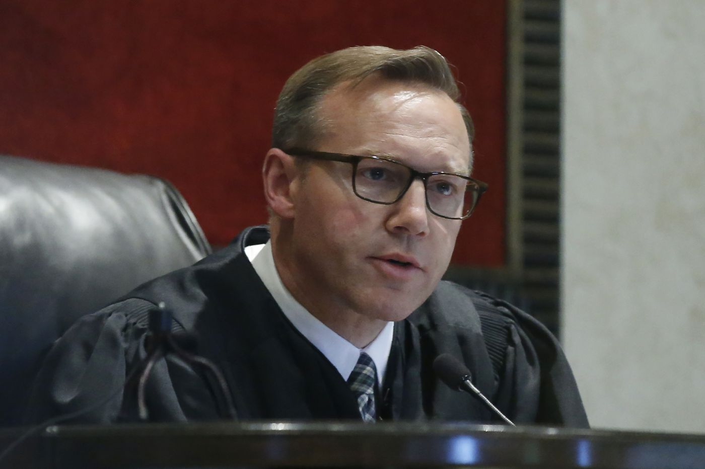 Oklahoma judge signs state's $85M settlement with opioid drugmaker Teva