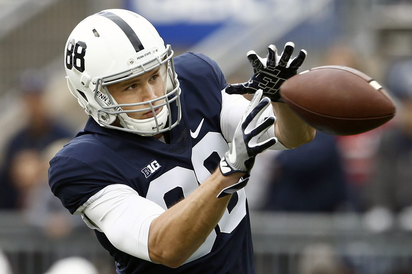 lowest price 9531d 98c53 Penn State's Mike Gesicki befriends Michigan QB's mom at ...