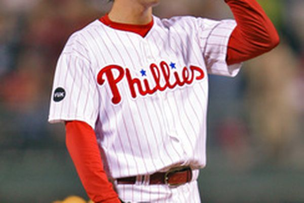 Hamels' gem latest thrill-filled Phils bill